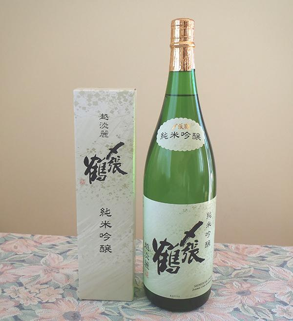〆張鶴純米吟醸越淡麗